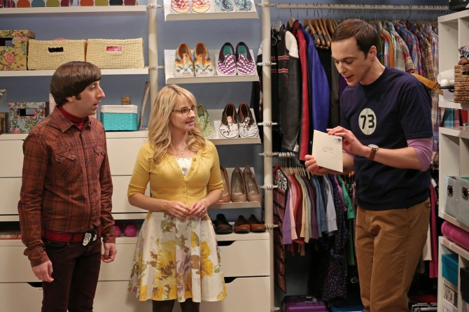 the-big-bang-theory-season-6-the-closet-reconfiguration1 - Bernadette, Howard and Sheldon (letter